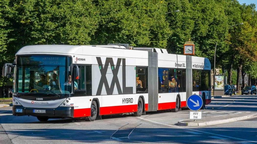 Busbeschleunigung: Vorfahrt für die Metrobuslinie M5 in Hamburg