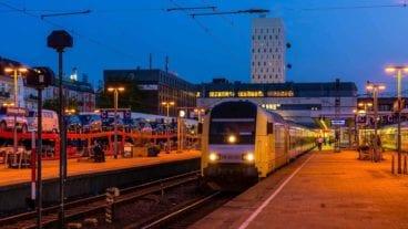 Bahnhof Hamburg-Altona im Abendlicht
