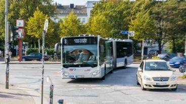 Metrobus der VHH am Neuen Pferdemarkt in Hamburg