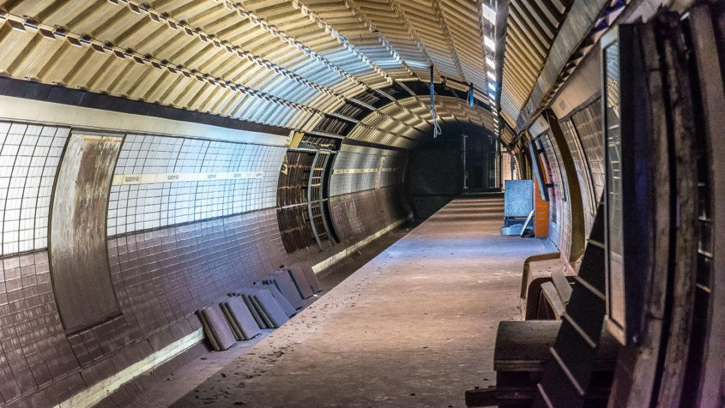 """Gebaut und nie eröffnet: """"Geisterbahnsteig"""" im U-Bahnhof Hauptbahnhof Nord in Hamburg"""