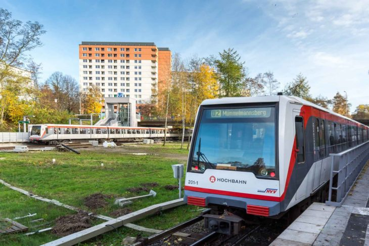 U-Bahnzüge an der Haltestelle Legienstraße