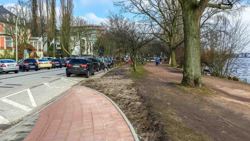 Alsterufer: Ab Oktober sollen Radfahrer hier nur noch auf der Straße fahren