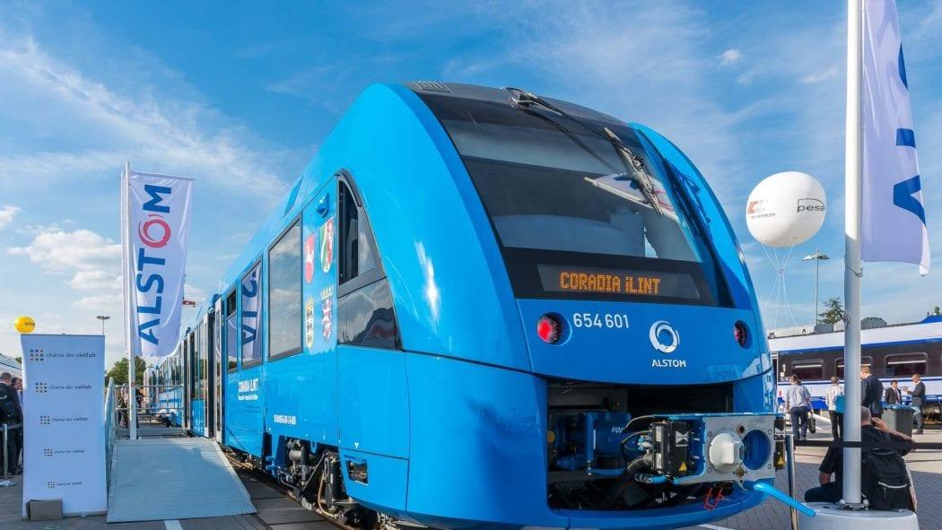 Wasserstoff-Triebwagen iLint auf der Innotrans 2016 in Berlin