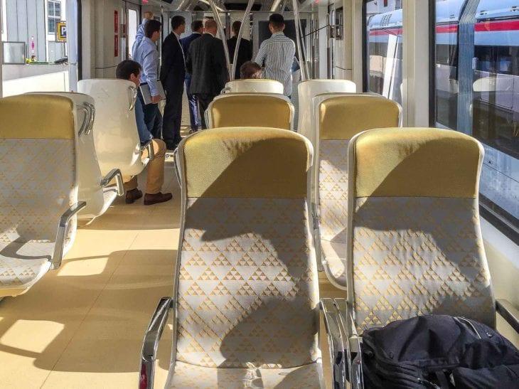 Gold-Klasse in einem U-Bahn-Zug für Riad
