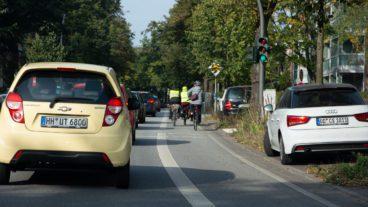 Auto, Fahrrad, Fahrradverkehr, Fahrradweg, Hamburg, Individualverkehr, Rad, Radfahrer, Radfahrstreifen, Radspur, Radverkehr, Radweg, Umweltverbund