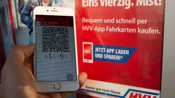 App, Bahn, E-Ticket, Fahrkarten, HVV, Hamburg, Handy, Hochbahn, Mobiltelefon, Nahverkehr, U-Bahn, Umweltverbund, WLAN, Zug, ÖPNV, Öffentlicher Nahverkehr