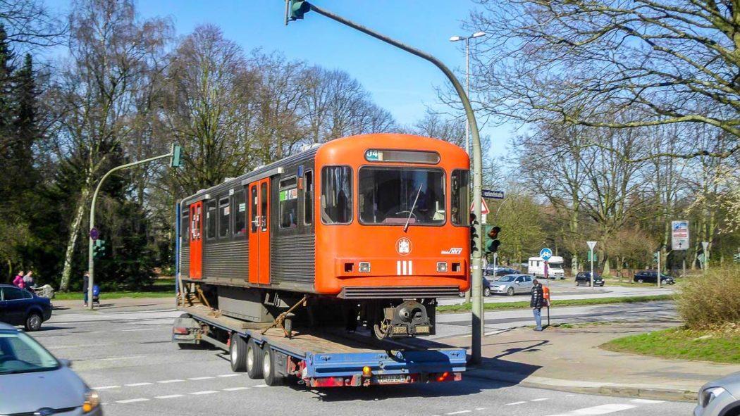 Die Verschrottung der Hamburger U-Bahn-Baureihe DT3 hat begonnen