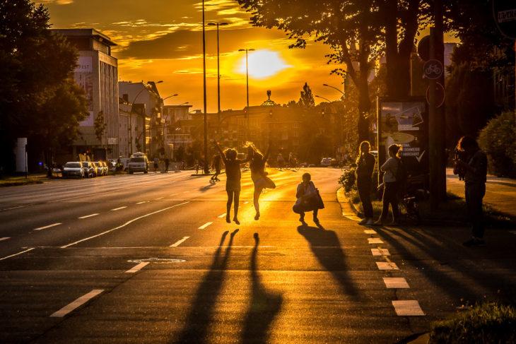 Die andere Seite von G20: Abseits von Krawallen nutzten viele Hamburger die zahlreichen gesperrten Straßen als neuen Lebensraum.