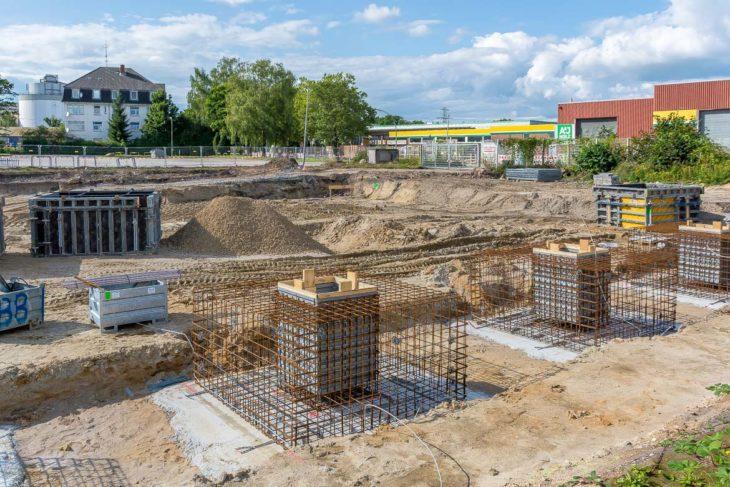 Bau der ersten Betonfundamente für das neue S-Bahn-Instandhaltungswerk in Hamburg-Stellingen