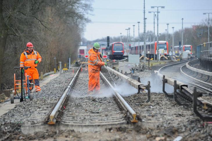 Bauarbeiten für den künftigen U-Bahnhof Oldenfelde an der U1