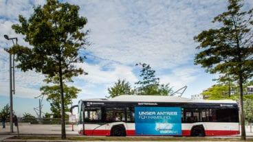 Von diesen Solaris-Elektrobussen sollen zunächst zehn Fahrzeuge in Hamburg fahren
