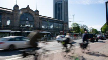 Bewegungsunschärfe, Dammtor, Fahrrad, Fahrradverkehr, Fahrradweg, Hamburg, Rad, Radfahrer, Radverkehr, Radweg, Umweltverbund
