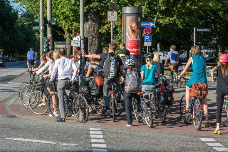Fahrrad, Fahrradverkehr, Fahrradweg, Hamburg, Rad, Radfahrer, Radverkehr, Radweg, Umweltverbund