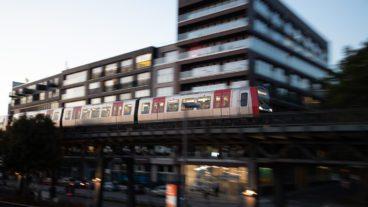 Baumwall, Bewegungsunschärfe, DT5, HVV, Hafen, Hamburg, Hochbahn, U-Bahn, U3, Viadukt