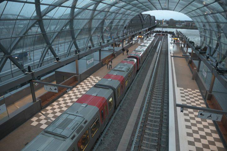 Baackenhafen, DT5, Elbbrücken, Elbe, HVV, Hafen, Hafencity, Hamburg, Hochbahn, U-Bahn, U4, Vogelperspektive, Winter