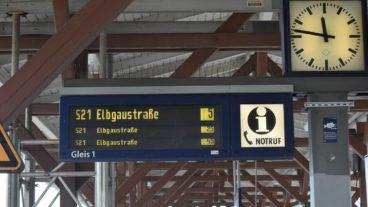 Bahn, DFI, Dynamische Fahrgastinformation, HVV, Hamburg, Nahverkehr, S-Bahn, S21, Umweltverbund, Zug, ÖPNV, Öffentlicher Nahverkehr