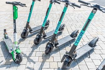 E-Scooter in Hamburg mieten: Adressen, Telefonnummern und Preise von Lime, Tier, Circ, Voi