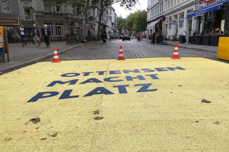 Modellversuch: Einfahrt in die neue autofreie Zone in Ottensen