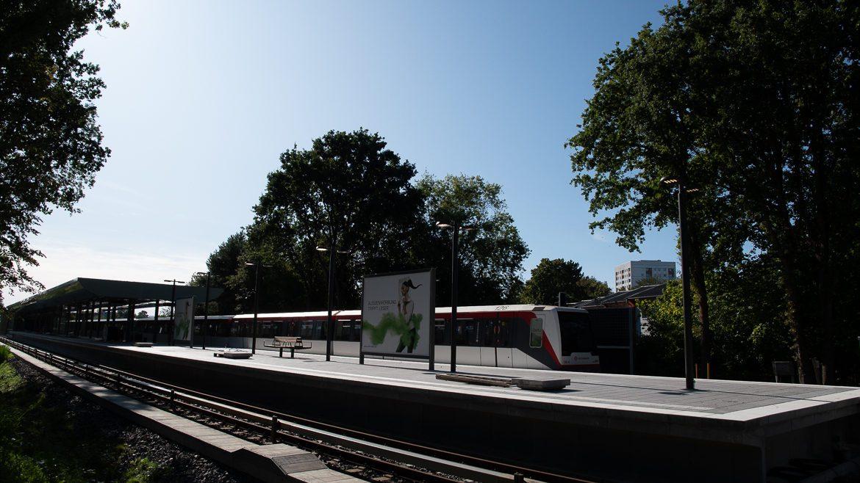 Sieht fertig aus: Der künftige U-Bahnhof Oldenfelde in Hamburg