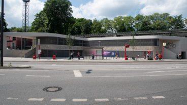 Wo ist hier der Eingang? Das neue Fahrradparkhaus an der Kellinghusenstraße steht in der Kritik.