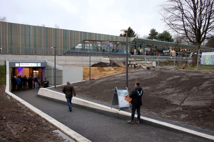"""Ansicht des neuen Bahnhofes Oldenfelde von der Seite """"Am Knill"""""""