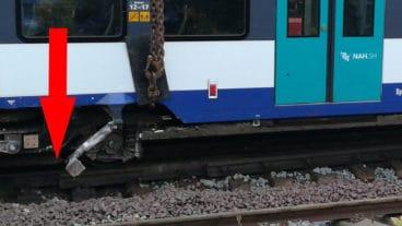 Möglicher Fotobeweis: Unter dem verunglückten Zug fehlt ein Stück Schiene