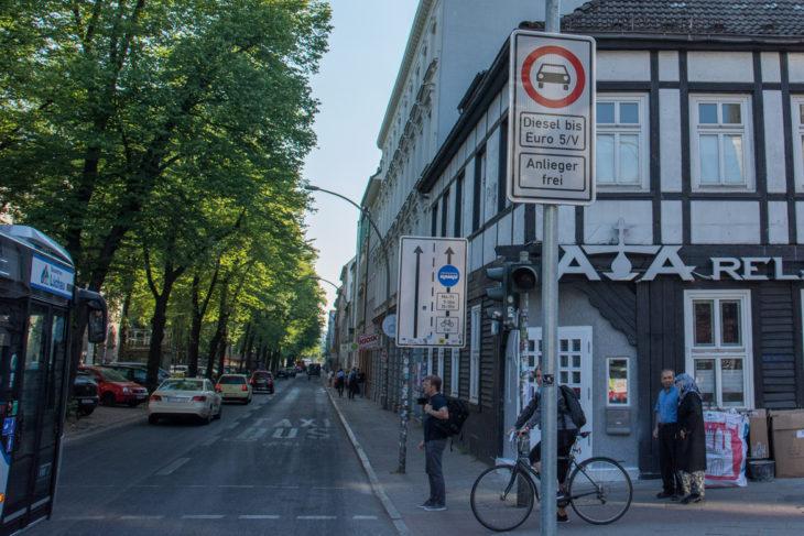 Bundesweit erste Diesel-Fahrverbote in Hamburg in Kraft getreten