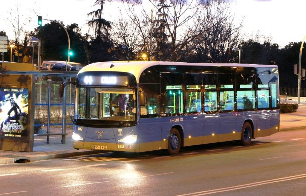 Ein Batteriebus vom Typ Irizar i2e in der spanischen Hauptstadt Madrid